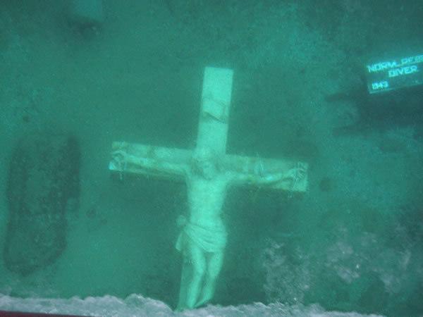 Underwater Crucifix